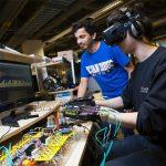 革命性的可穿戴式触感VR设备